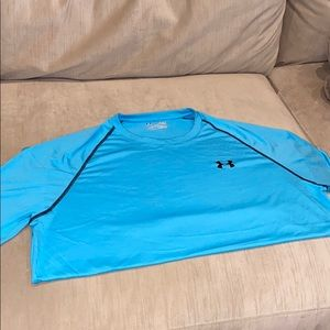 Sky blue under armour T-shirt heat gear